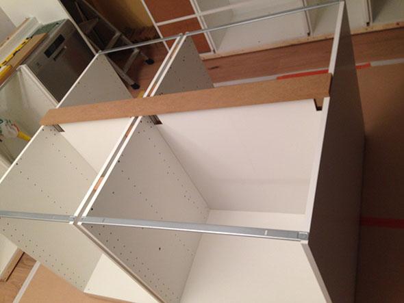 Platsbyggt Kok Ikea Stommar : Kokson, stommarna ihopmonterade och uppstollda po ram